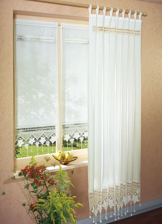 Fensterdekoration in verschiedenen farben gardinen bader for Gardinen bader