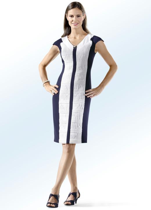 Party-Kleid mit Schmuckbrosche - Kleider | BADER